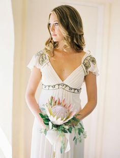 Hermoso y sencillo vestido para la novia