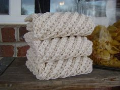 Crocheted dishcloth. I'm going to try his one.