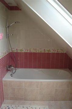 Salle de bains sous combles on pinterest angles armoires and floor plans - Salle de bain sous comble ...