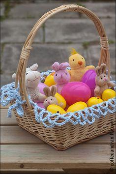 Crochet Lining for Easter Basket