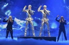 'Jedward', los representantes de Irlanda. Más fotos y vídeos en http://www.rtve.es/eurovision