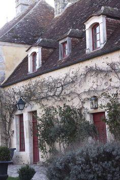 french farmhouse <3 LOVE.