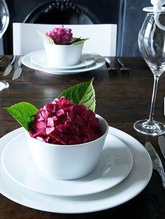 table settings, brabourn farm, place set, hydrangea, wooden tables, tabl set, flower, bowls, berries