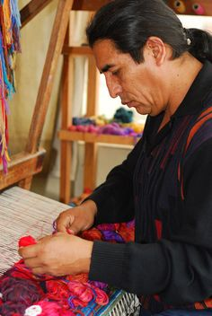 Peruvian textile artist Maximo Laura