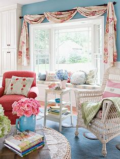 love this sewing room