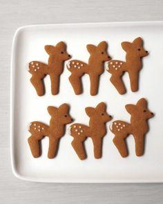 deer-shaped gingerbread cookies