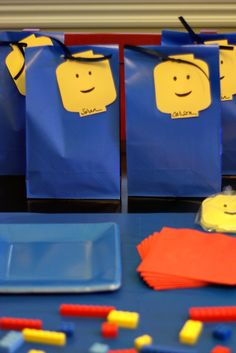 030311-Lego-Party-Favor-Bags.jpg (667×1000)
