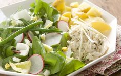 Lump crabmeat, tender haricots verts, spicy radishes and watercress, and creamy baby Yukon gold potatoes are drizzled with a lemon-chive vinaigrette in this sophisticated salad. Enjoy with a bottle of crisp white wine.