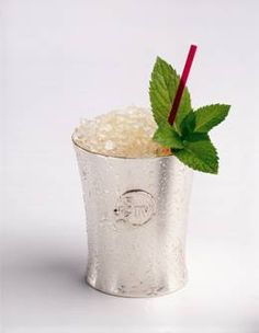 This is the Samuels' family personal recipe for the best Maker's Mint Julep. It's a little more involved but well worth the effort! #MintJulep #Bourbon #Derby