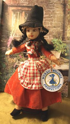 Vintage Norah Wellings Welsh Girl by AproposAntiques