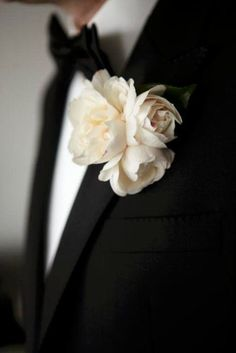 galleries, tie, colors, buttons, blushes, groom, black, boutonnieres, pink peonies