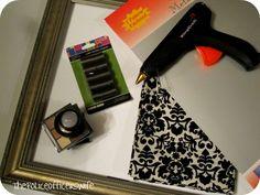 Magnetic Makeup Holder / Frame