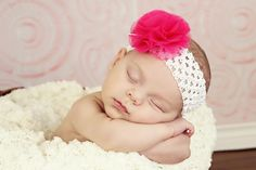 Love that huge hot pink bow, too cute! The whole headband is adorable.