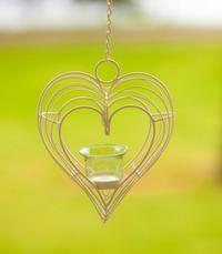 4,90e Kynttilälyhty, sydän. Tämmöinen valkoisena toiveissa, kirkkaalla tuikkukipolla