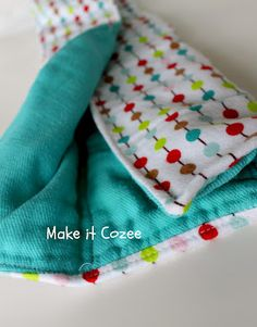Make it Cozee: How to Make the Best Burp Cloths:  I never thought of dying the cloth diaper part!