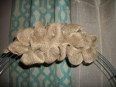 Burlap Wreath- fun Thanksgiving craft project!