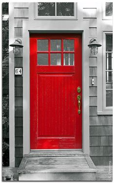 I LOVE a red front door!