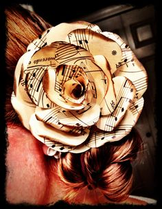 Paper flowers made out of sheet music. Would also look pretty made from vintage maps or calligraphy text | wedding, decor Awesom Thing, Paper Roses, Hair Flowers, Musicals, Map Flower, Paper Flowers, Rose Hair, Hair Shite, Music Rose