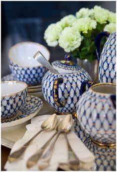 **Royal blue diamond tea service