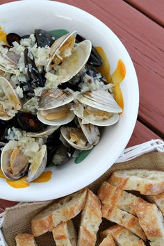 How to Grill Clams