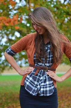 Burnt orange cardigan, Navy and white checked button up, and navy pencil skirt - Love this outfit! navy pencil skirt outfit, outfits with belts, check skirt, denim shirt with pencil skirt, cute outfits modest, modest outfits with skirts, fall outfits, denim skirt outfits, navy blue pencil skirt outfit