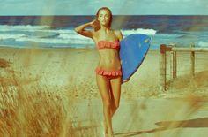 Surfing girl // #sur
