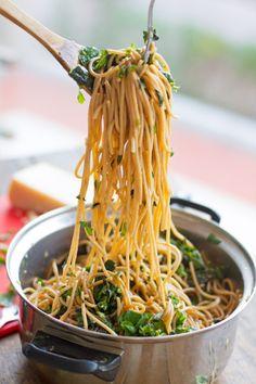 Garlic Butter Spaghetti with Herbs http://pinterest.com/ingestorm