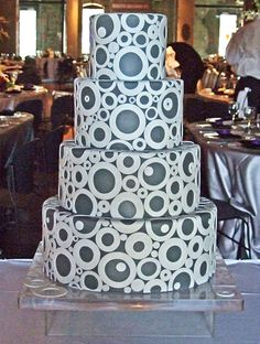 Circles upon circles--I would have loved a cake like this