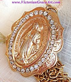 $69 sale! LARGE Vintage Rhinestone Miraculous Medal Necklace Our Lady of Grace (Image1)