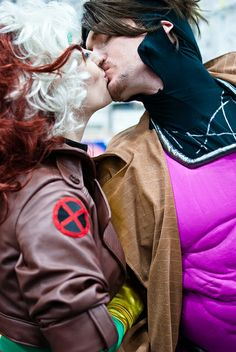 Gambit and Rogue cosplay