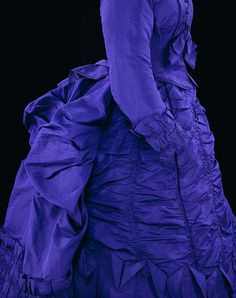 Day dress ca. 1873.  Wow, what a beautiful blue!!