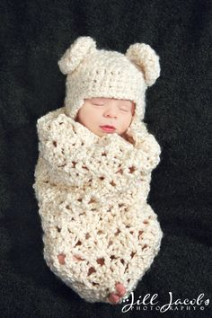 Another sweet cocoon pattern for my collection...I love the chunky texture, and the hat!