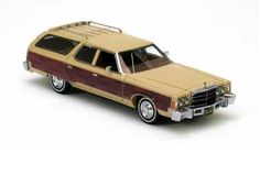 Neo 1/43 scale model Chrysler Town & Country! £46.99