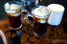 coffee drinks, blanco y negro