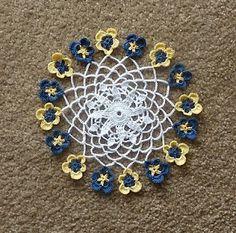 Pansy Doily - free crochet pattern