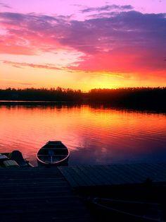 Breathtaking sunsets and sunrises.