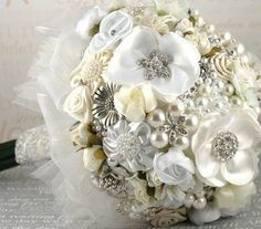 pearl bouquet accents