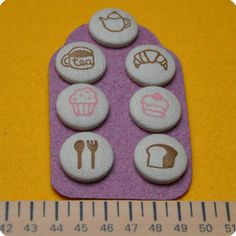 Hand-Stamped fabric covered buttons by Memi The Rainbow