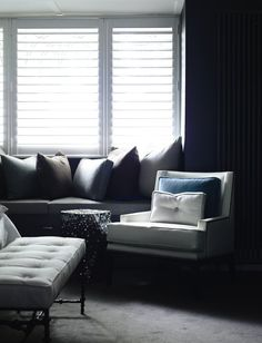 House & Apartment: ALH Resident, Excellent Home Redecoration by Mim Design. Stylish Sofas Design with Cushion