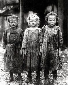 It's About Time: A Few Portraits of Extreme Poverty - 1930s Children of The Great Depression