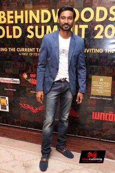 Dhanush At Behindwoods Gold Medals 2013