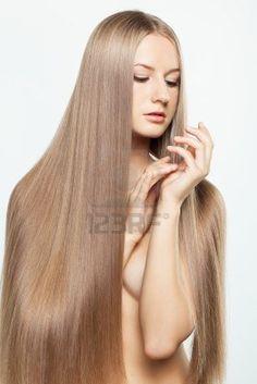 La caída de los cabello la testosterona a las mujeres
