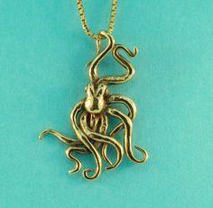 14k Gold Small Octopus Charm Pendant..