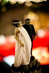 Jessi & John's horror film, Rocktober 31st wedding | Offbeat Bride