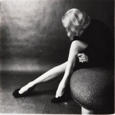 iconic photograph of marlene dietrich... by cecil beaton?