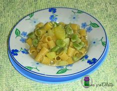 Pasta con fave fresche e patate, ricetta primo piatto facile