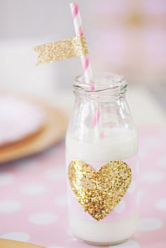 Loving gold glitter everywhere!