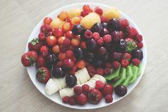 I. Love. Fruits. #healthy #fruitsalad #noms