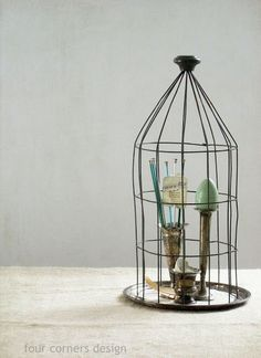 DIY - Wire Cloche -awesome tutorial explains how to make this cloche out of a piece of wire fence.  Lots of pics.