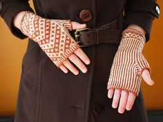 Vagabond Fingerless Mitts